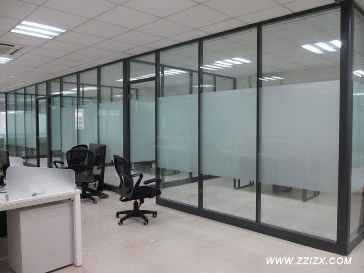 <b>郑州办公室隔断设计装修注意事项</b>