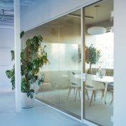 办公室装修要根据实际情况设计